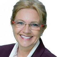 Brigitte Knott