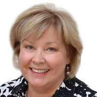 Janet Organ Sells Real Estate