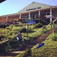 Riverboat Inn & Suites