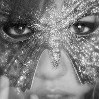 Salon Masquerade