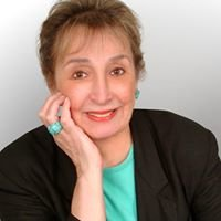 Corinne Glen Ellyn Realtor
