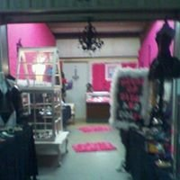 The House of Divas and Dollz
