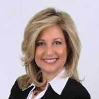 Angela D'Aries, Real Estate Specialist