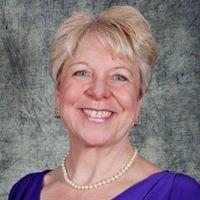 Tupperware/Independent Business Leader Ellen Annis