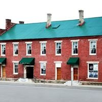 The Grand Restaurant & Tavern
