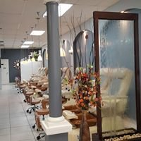The Nailz Place & Day Spa