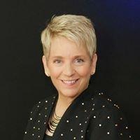 Annie Groth, CFBS