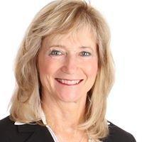 Susanne McInerney & the Mass Estate Team