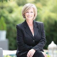 Robin Saunders at Saunders Luxury Group