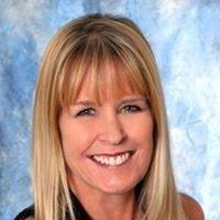Laura Wesson Klement, Realtor-Berkshire Hathaway HSFNR