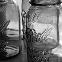 Days Gone Buy Vintage & Antiques