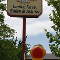 Newcomb & Sons Locksmiths