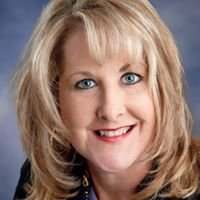 Karen Hinton - Real Estate Agent