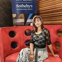 Ria de Wet - Sothebys Property Consultant