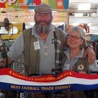 Sew What Maryborough - Travelling Sewing Machine Museum