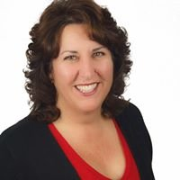Cheryl Faria at Home Quest Realty