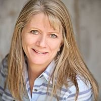 Laura Smith, Realtor