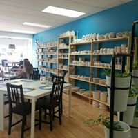 The Paint Bar, pottery and glass studio