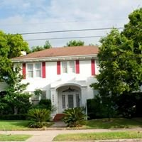 Avenue O Bed and Breakfast