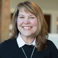 Angie Dotson, Realtor in Charlottesville, VA