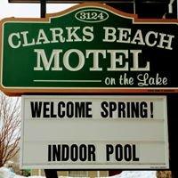 Clarks Beach Motel