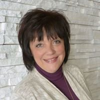 Linda Perala - Berkshire Hathaway HomeServices Premier Properties