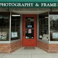 Lewek Photography & Frame Studio