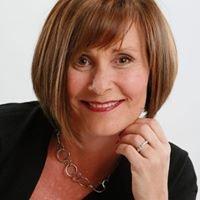 Mandy Beckett; Realtor William Raveis Real Estate Mortgage & Insurance