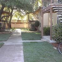 Mariposa Oaks Apartments