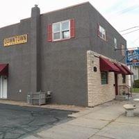 Sports Hub Bar and Grill - La Crescent, MN