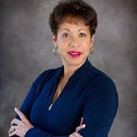 Kim Evans - Knows Real Estate in Hampton Roads