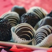 Mirella's Fine Cakes & Pastries