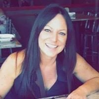Kelly Mariola - Cosmetologist/Hair & Lash Artist