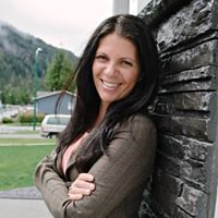 Nadia Movold, REMAX Coast Mountains