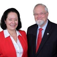 My BC REALTORS - Dennis Kiffiak &  Beatriz Fontana