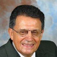 Carlos Pinto, Broker Associate