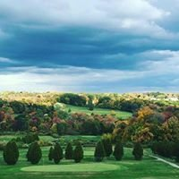 Vineyard Valley Golf Club & Driving Range