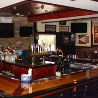 Benchwarmers Tavern & Grill
