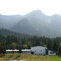 Cascade Locks School