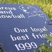 Best Friend Memorials