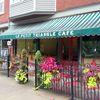 Le Petit Triangle Cafe