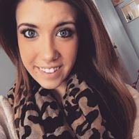Lauren Moore- Hairstylist