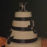 Wedding cakes By Sue Dail and Cigi Potter