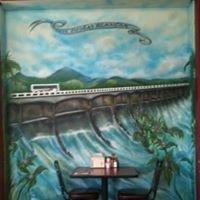 Los Robles Cafe