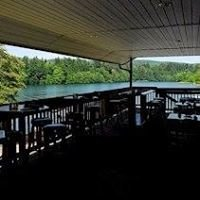 Lakehouse Restaurant & Bar / Lake Mayfield Resort & Marina