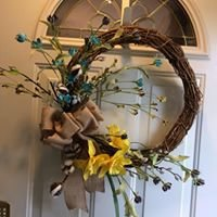 Karen's Creations,( floral wreaths and more)