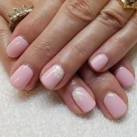 Tracy's Nails at Cuttin Up Salon