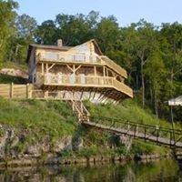Poco Risco's Lakefront Log Home Rentals - Kevin & Karen Fehrmann