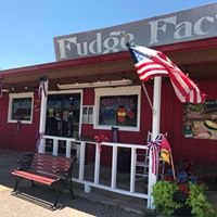 3 Rivers Pecans Fudge Factory and Amish Store