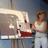 Freischaffende Künstlerin in der Malerei/Zeichnungen